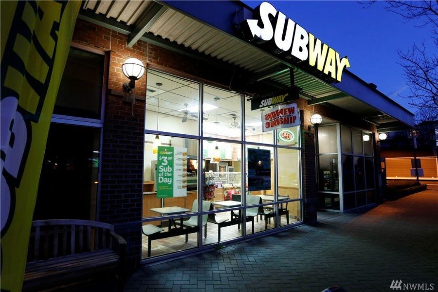 Green Lake S Subway Restaurant Closes